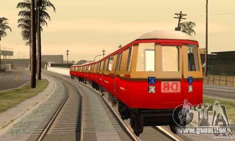 Liberty City Train DB pour GTA San Andreas sur la vue arrière gauche