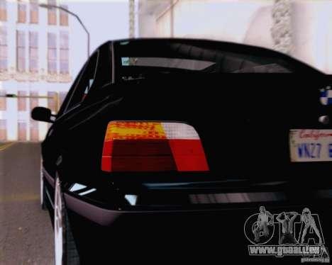 BMW M3 E36 New Wheels pour GTA San Andreas vue intérieure
