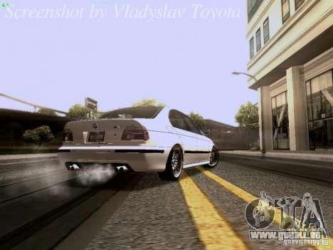 BMW E39 M5 2004 pour GTA San Andreas vue de droite
