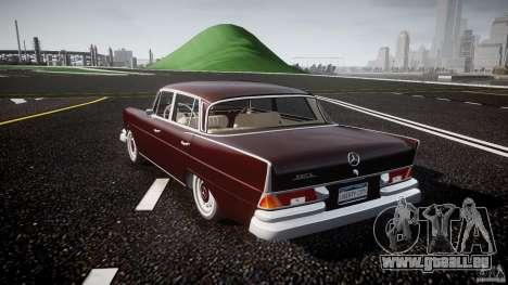 Mercedes-Benz W111 v1.0 pour GTA 4 Vue arrière de la gauche
