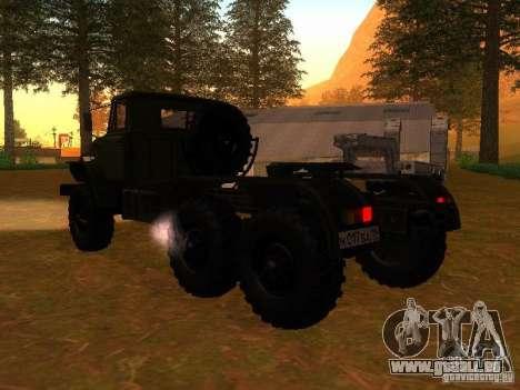 Oural-4420 tracteur pour GTA San Andreas sur la vue arrière gauche