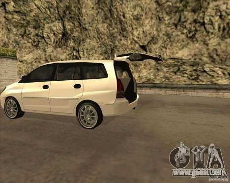 Toyota Innova pour GTA San Andreas sur la vue arrière gauche
