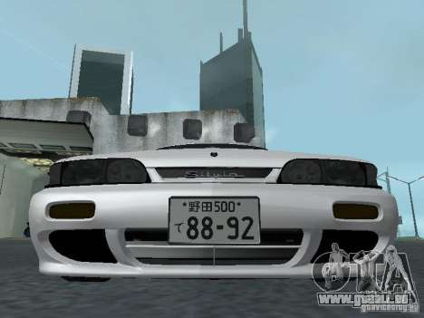 Nissan Skyline R32 Zenki pour GTA San Andreas vue de côté