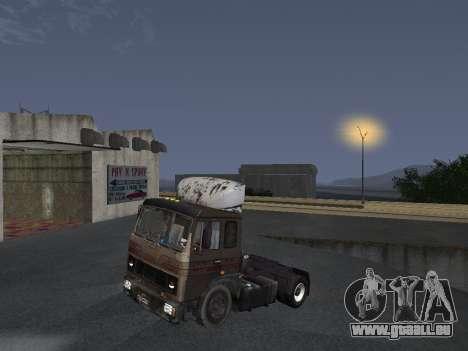 Kolkhoze MAZ 5551 pour GTA San Andreas vue de droite