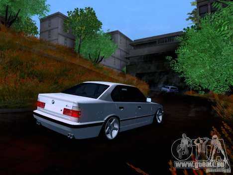 BMW M5 E34 Stance pour GTA San Andreas vue arrière