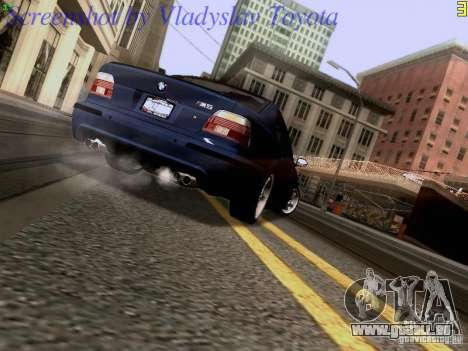 BMW E39 M5 2004 pour GTA San Andreas vue intérieure