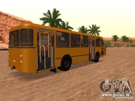 LIAZ 677 pour GTA San Andreas laissé vue