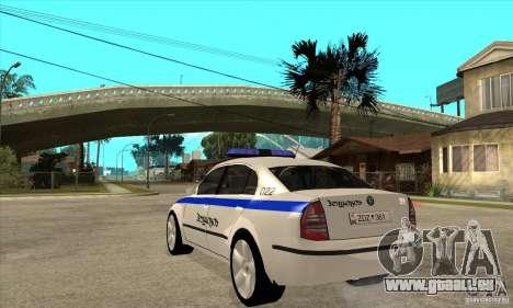 Skoda SuperB GEO Police pour GTA San Andreas sur la vue arrière gauche