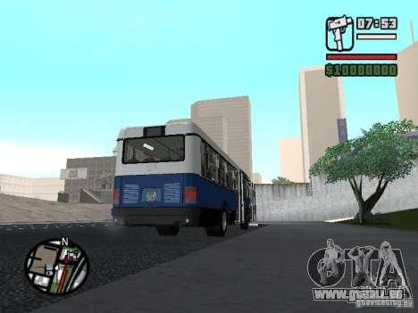 Ikarus 415.02 pour GTA San Andreas laissé vue