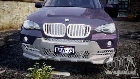 BMW X5 xDrive 4.8i 2009 v1.1 pour GTA 4 est un côté
