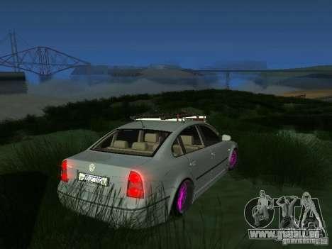VW Passat B5 Dope pour GTA San Andreas sur la vue arrière gauche