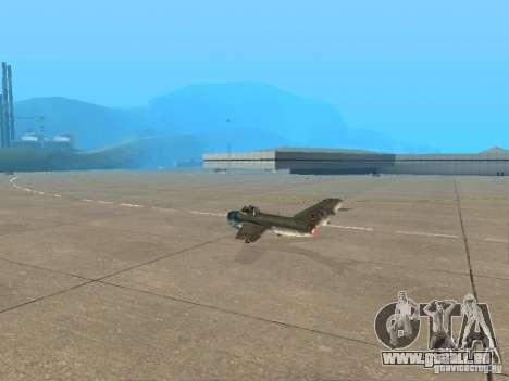 MiG-15 mit Waffen für GTA San Andreas linke Ansicht