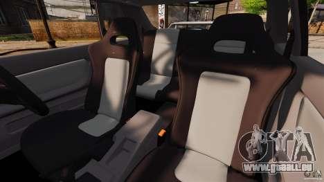Nissan Skyline GT-R (BNR32) pour GTA 4 est une vue de l'intérieur
