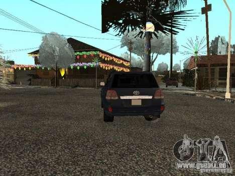 Toyota Land Cruiser 200 pour GTA San Andreas sur la vue arrière gauche