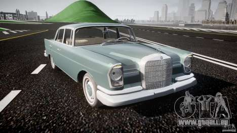 Mercedes-Benz W111 v1.0 pour GTA 4 est une vue de l'intérieur