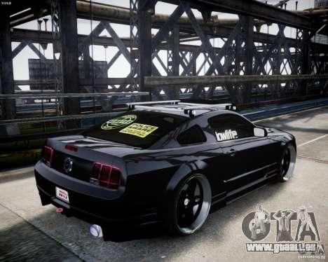 Ford Mustang GT Lowlife pour GTA 4 est un droit