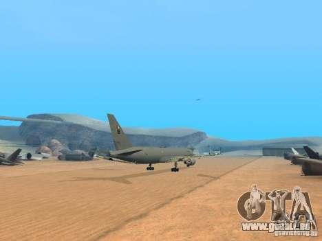 Boeing KC767 U.S Air Force für GTA San Andreas rechten Ansicht