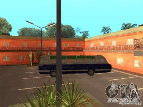 IKARUS 620 pour GTA San Andreas vue de droite