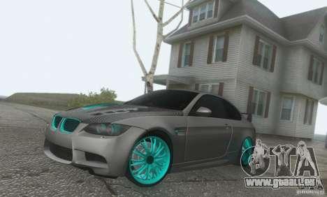 BMW M3 E92 Hellaflush v1.0 pour GTA San Andreas vue de droite