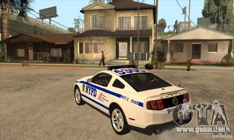 Shelby GT500 2010 Police pour GTA San Andreas sur la vue arrière gauche
