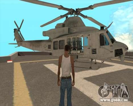 UH-1 Iroquois pour GTA San Andreas vue de côté
