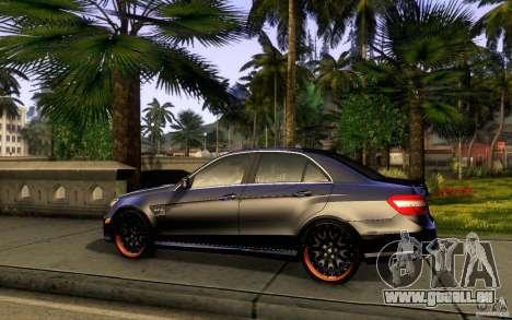 Mercedes Benz E63 DUB pour GTA San Andreas sur la vue arrière gauche