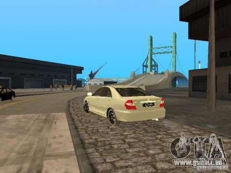 Toyota Camry 2003 pour GTA San Andreas sur la vue arrière gauche