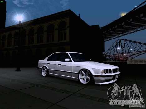 BMW M5 E34 Stance pour GTA San Andreas vue de droite