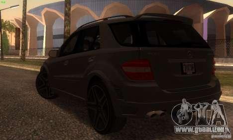 Mercedes-Benz ML63 AMG Brabus pour GTA San Andreas sur la vue arrière gauche