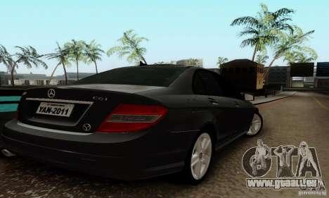 Mercedes-Benz C180 pour GTA San Andreas vue de droite
