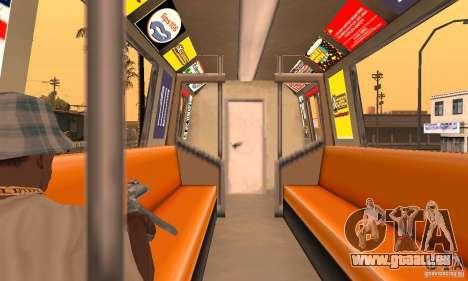 Liberty City Train DB pour GTA San Andreas vue de droite
