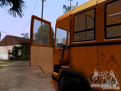 LIAZ 158 pour GTA San Andreas vue arrière