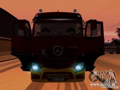 Mercedes Benz Actros MP4 für GTA San Andreas Motor