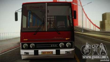 IKARUS 255.01 pour GTA San Andreas vue arrière