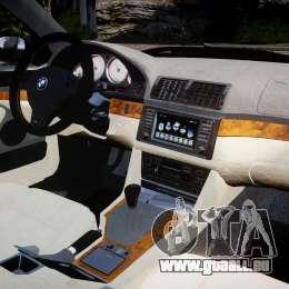 BMW M5 E39 Stock 2003 v3.0 für GTA 4 rechte Ansicht