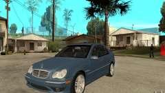 Mercedes-Benz C32 AMG 2003 pour GTA San Andreas
