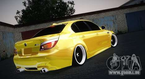 BMW M5 Gold pour GTA San Andreas laissé vue