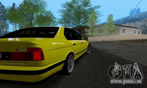 BMW M5 E34 IVLM v2.0.2 pour GTA San Andreas vue de droite
