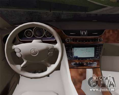 Mercedes-Benz CLS500 pour GTA San Andreas sur la vue arrière gauche