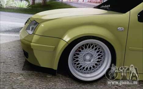 Volkswagen Bora Stance pour GTA San Andreas sur la vue arrière gauche