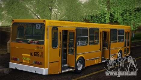 LIAZ 5256.00 Skin-Pack 5 pour GTA San Andreas vue de côté