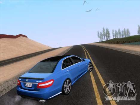 Mercedes-Benz E63 AMG 2011 Special Edition pour GTA San Andreas laissé vue
