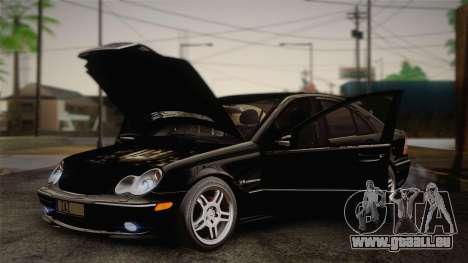 Mercedes-Benz C32 AMG 2004 für GTA San Andreas Innenansicht