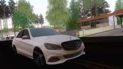 Mercedes-Benz W212 AMG