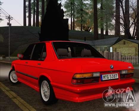 BMW M5 E28 pour GTA San Andreas vue de côté