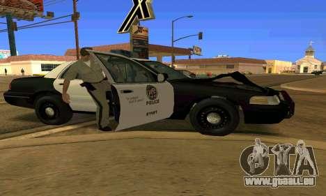 Ford Crown Victoria Police LV pour GTA San Andreas vue de dessous