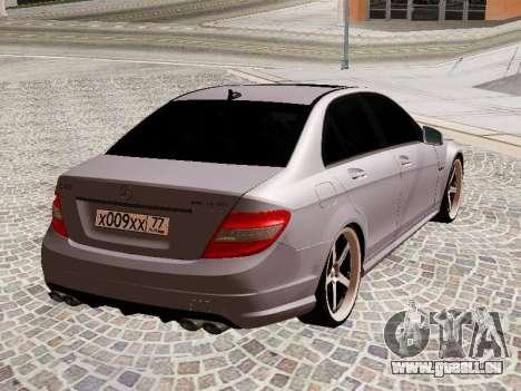 Mercedes-Benz C63 pour GTA San Andreas vue de droite