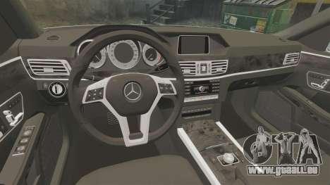 Mercedes-Benz E63 AMG 2014 v2.0 pour GTA 4 est une vue de l'intérieur