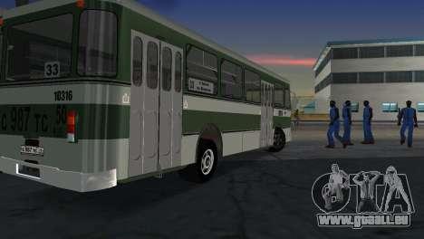 LIAZ 677 pour GTA Vice City sur la vue arrière gauche