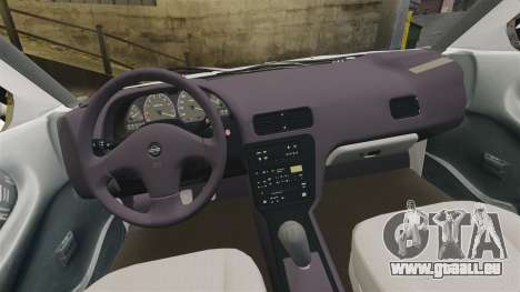 Nissan Tsuru pour GTA 4 est une vue de l'intérieur